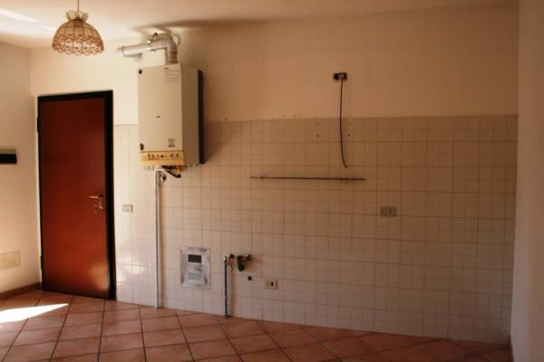 Bilocale Solbiate Via Vittorio Emanuele 11 4
