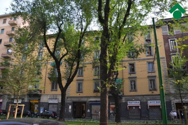 Bilocale Milano Via Mac Mahon, 24 1