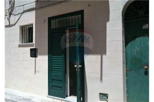 Bilocale Palermo Via Argentieri 2