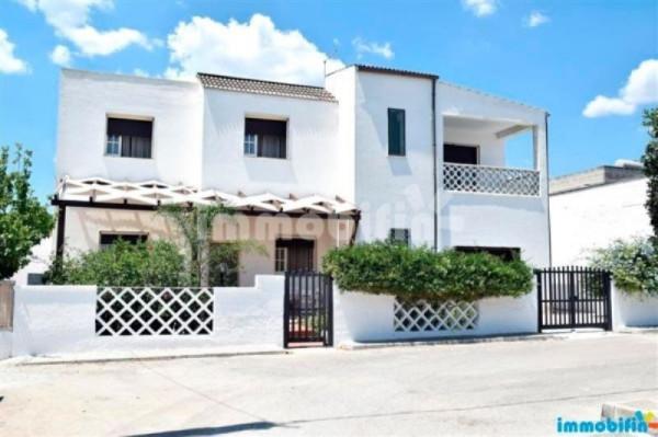 Villa in vendita a Manduria, 6 locali, prezzo € 320.000 | Cambio Casa.it
