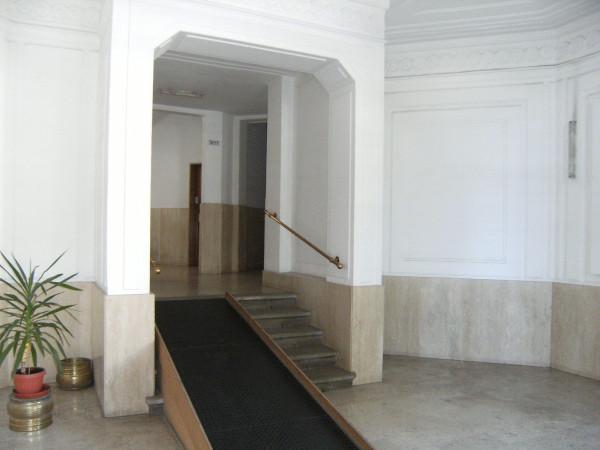 Bilocale Trieste Via Guido Reni 10