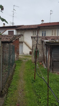 Bilocale Vercelli Via Dei Pesci 8
