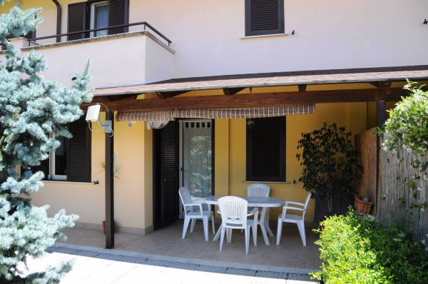 Villa a Schiera in vendita a Formia, 5 locali, prezzo € 280.000 | Cambio Casa.it