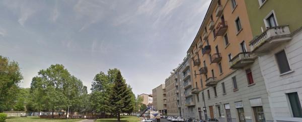 Bilocale Milano Piazzale Francesco Carrara 6