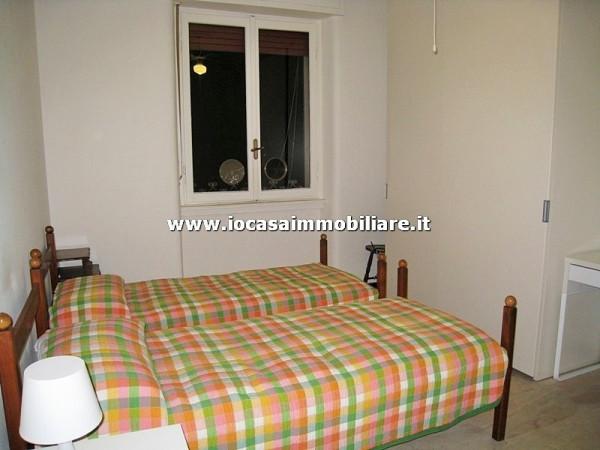 Bilocale Milano Via Fratelli Rosselli 1