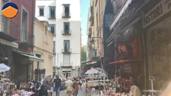 Bilocale Napoli Vico Figurari, 9 1