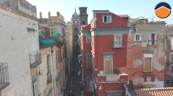 Bilocale Napoli Vico Figurari, 9 5