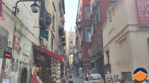 Bilocale Napoli Vico Figurari, 9 6