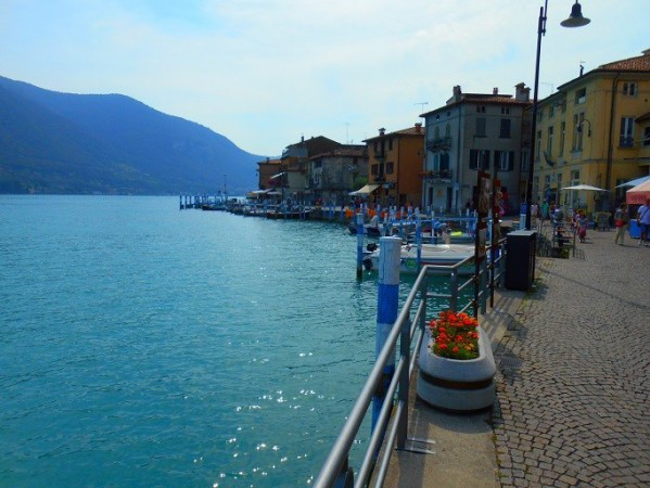 Appartamento in vendita a Monte Isola, 3 locali, prezzo € 76.000 | Cambio Casa.it