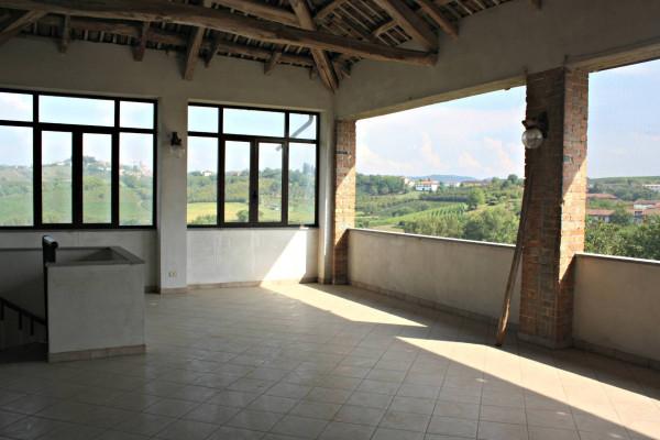 Rustico / Casale in vendita a Castagnole delle Lanze, 5 locali, prezzo € 157.000 | Cambio Casa.it