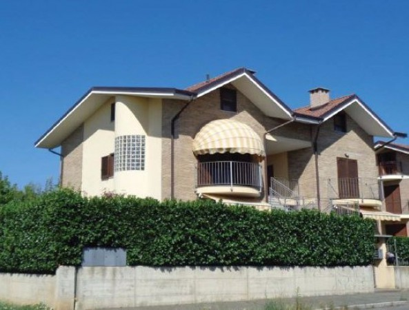 Appartamento in vendita a Rivalta di Torino, 4 locali, prezzo € 135.000 | Cambio Casa.it