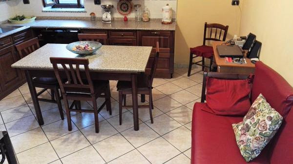 Appartamento in vendita a Cardano al Campo, 3 locali, prezzo € 158.000 | Cambio Casa.it