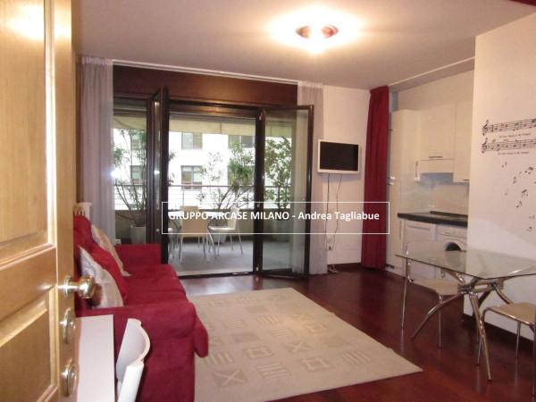 Bilocale Milano Via Giovanni Prati 7