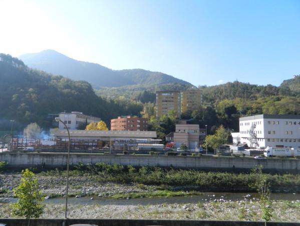 Bilocale Genova Via Struppa 13