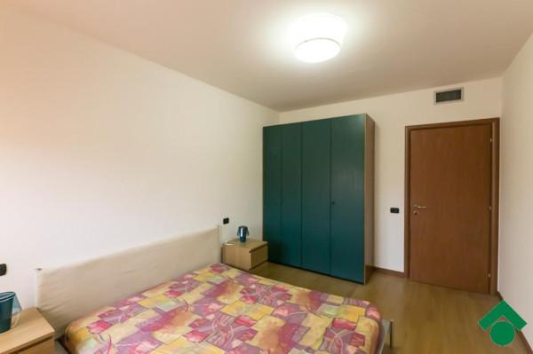Bilocale Peschiera Borromeo Via Trieste 11