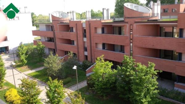 Bilocale Peschiera Borromeo Via Trieste 2