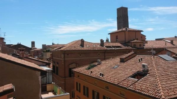 Bilocale Bologna Via Dell'indipendenza 2