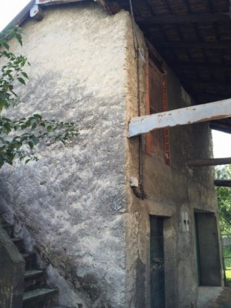 Rustico in Vendita a Verbania Periferia: 1 locali, 50 mq