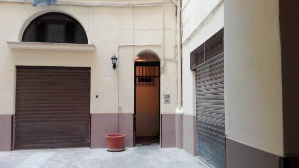 Bilocale Palermo Via Maqueda 3