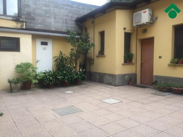 Bilocale Milano Via Gallarate, 311 13