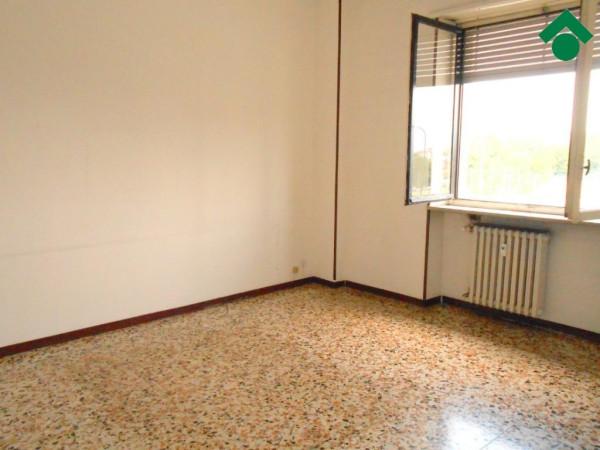 Bilocale Torino Via Veglia 10 4