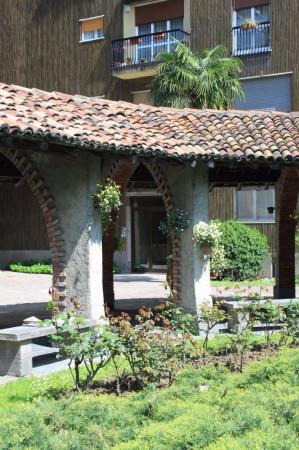 Bilocale Milano Via Val Di Sole 7