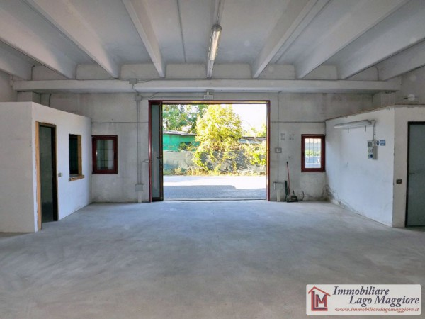Capannone in vendita a Ispra, 2 locali, prezzo € 80.000 | Cambio Casa.it