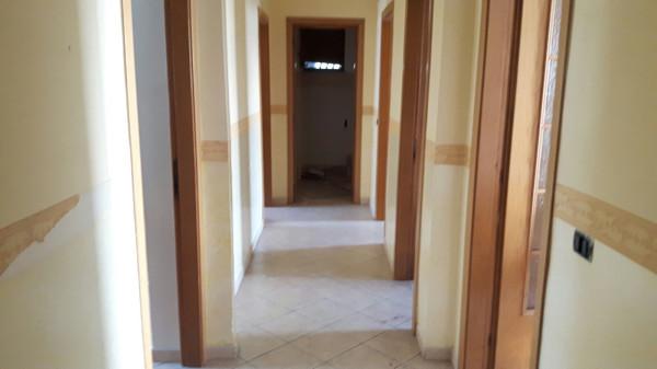 Appartamento in vendita a Sant'Antimo, 3 locali, prezzo € 100.000 | Cambio Casa.it