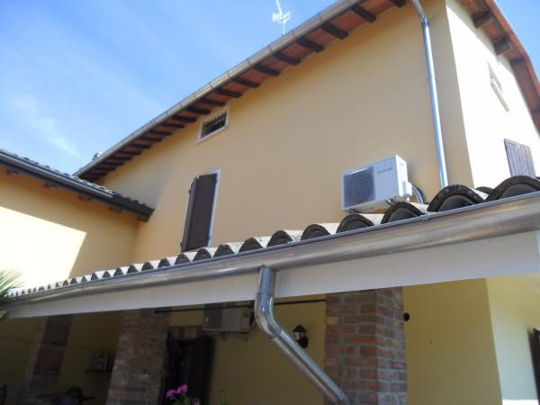 Villa in vendita a Gualtieri, 4 locali, prezzo € 200.000 | Cambio Casa.it