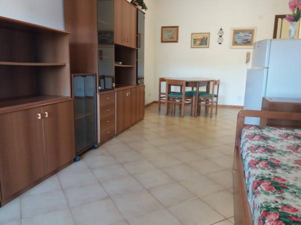 Bilocale Santa Marinella Via Etruria 3