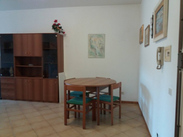Bilocale Santa Marinella Via Etruria 4