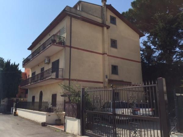 Appartamento in vendita a Castelnuovo di Porto, 4 locali, prezzo € 159.000 | Cambio Casa.it