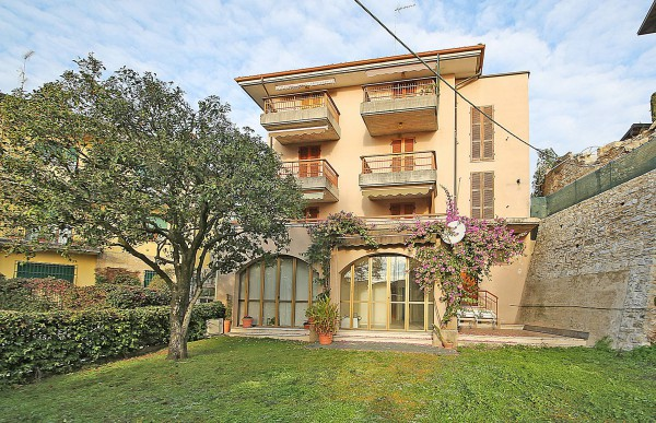 Bilocale Gardone Riviera  1