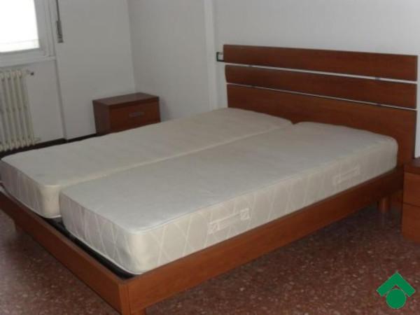 Bilocale Sesto San Giovanni Via Modena 7