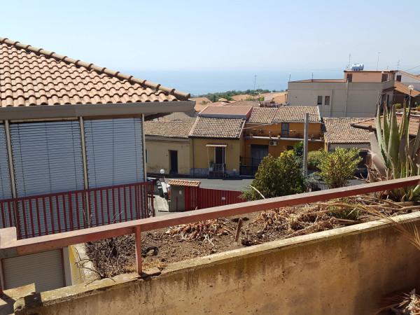 Bilocale Aci Castello Via San Gregorio 1