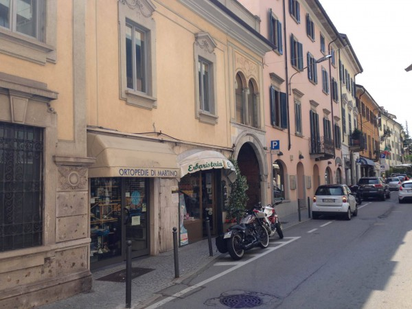Bilocale Varese Via Carrobbio 3
