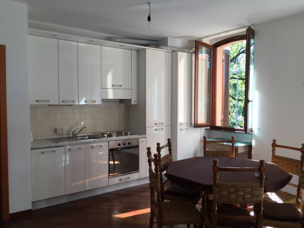 Appartamento in vendita a Lesmo, 2 locali, prezzo € 112.000 | CambioCasa.it