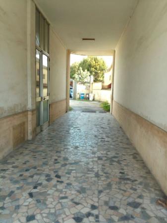 Bilocale Moncalieri Corso Parini 7