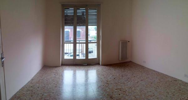 Bilocale Moncalieri Via Pastrengo 3