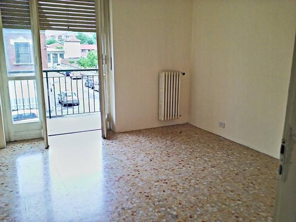 Bilocale Moncalieri Via Pastrengo 5