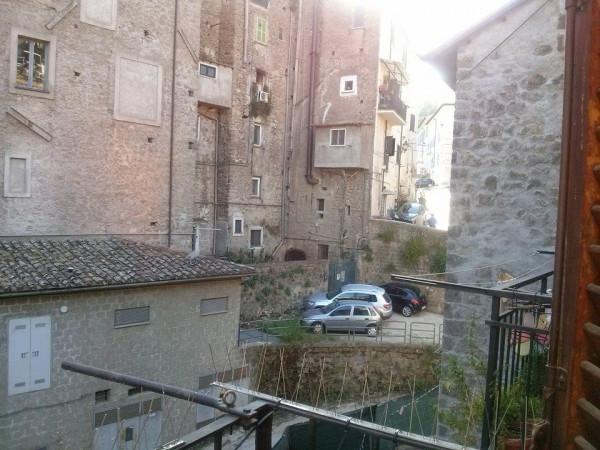 Bilocale Ronciglione Via Tre Cannelle 9