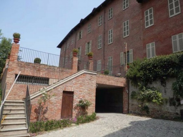 Appartamento in vendita a Trofarello, 6 locali, prezzo € 295.000 | Cambio Casa.it