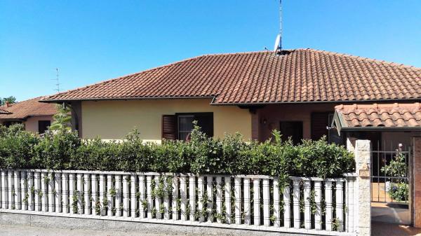 Villa in vendita a Lonate Pozzolo, 4 locali, prezzo € 395.000 | Cambio Casa.it