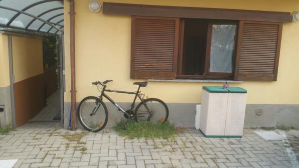 Appartamento in vendita a Montano Lucino, 2 locali, prezzo € 90.000 | Cambio Casa.it