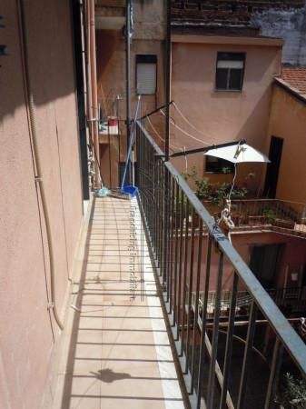 Bilocale Catania Via Camillo Finocchiaro Aprile 4
