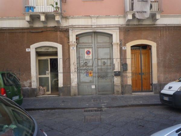 Bilocale Catania Via Camillo Finocchiaro Aprile 8