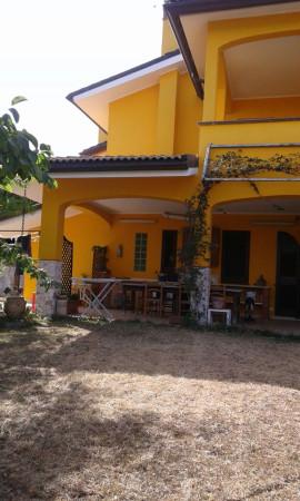 Villa in vendita a Campi Salentina, 6 locali, Trattative riservate | Cambio Casa.it