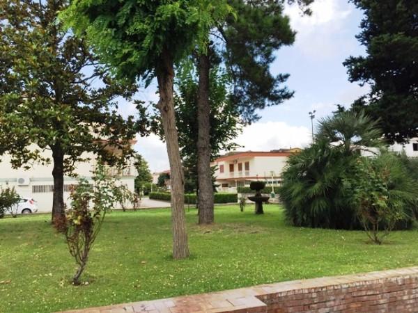 Villa in vendita a Acerra, 6 locali, prezzo € 420.000 | Cambio Casa.it
