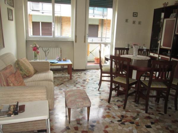 Appartamento in vendita a Como, 3 locali, zona Zona: 9 . Monte Olimpino - Sagnino - Tavernola, prezzo € 96.000 | Cambio Casa.it