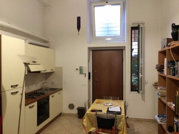 Bilocale Milano Viale Lucania 5